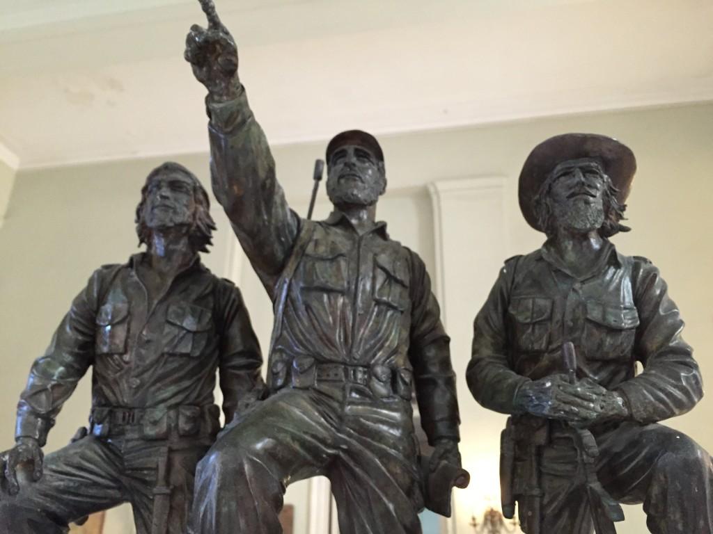 Che, Fidel og Camilo á Byltingasafninu.
